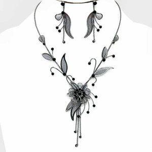 Crystal & Mesh Black Flower Necklace 2 Pc Set